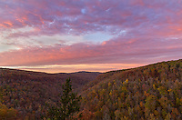I was almost to Hawksbill Crag when the western sky turned pink. So I stopped at the closest cliff to shoot the clouds before they faded.