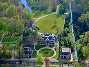 Nederland, Noord-Holland, 's-Gravenland,  07-05-2021; Noordeinde, bezoekerscentrum Natuurmonumenten.<br /> <br /> luchtfoto (toeslag op standaard tarieven);<br /> aerial photo (additional fee required)<br /> copyright © 2021 foto/photo Siebe Swart