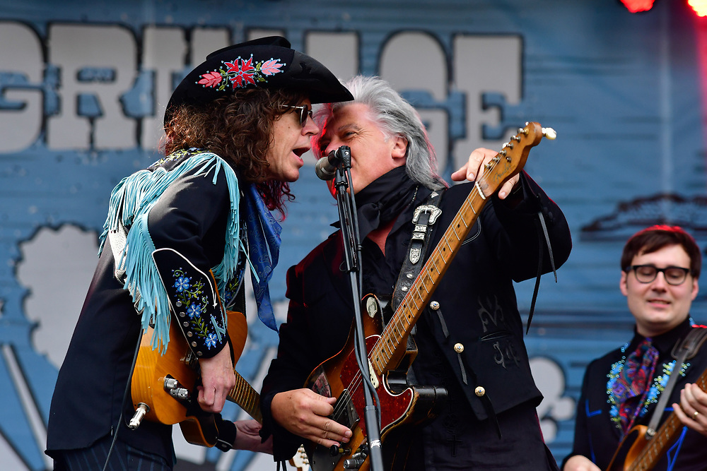 FRANKLIN, TN - SEPTEMBER 24: Kenny Vaughan and Marty Stuart of Marty Stuart and his Fabulous Superlatives performs during Pilgrimage Music & Cultural Festival on September 24, 2017 in Franklin, Tennessee. (Photo by Mickey Bernal/Getty Images for Pilgrimage Music & Cultural Festival)