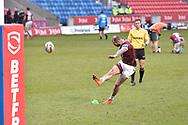 Zak Hardaker (3) of Wigan Warriors coverts the try 6-6