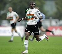 Fotball<br /> Adeccoligaen<br /> Hønefoss v Sogndal 4-0<br /> 24.09.2006<br /> Foto: Morten Olsen, Digitalsport<br /> <br /> Umaru Bangura - Hønefoss