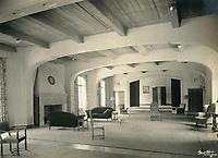 1926 Main lounge of the Hollywood Studio Club on Lodi PL.
