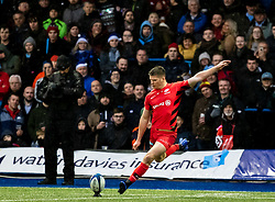 Owen Farrell of Saracens converts<br /> <br /> Photographer Simon King/Replay Images<br /> <br /> European Rugby Champions Cup Round 4 - Cardiff Blues v Saracens - Saturday 15th December 2018 - Cardiff Arms Park - Cardiff<br /> <br /> World Copyright © Replay Images . All rights reserved. info@replayimages.co.uk - http://replayimages.co.uk