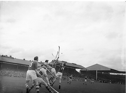 Neg No:.594/8096-8100,..5091954AISHCF,..05.09.1954, 09.05.1954, 5th September 1954.All Ireland Senior Hurling Championship - Final,...Cork.1-9  Wexford 1-6,..