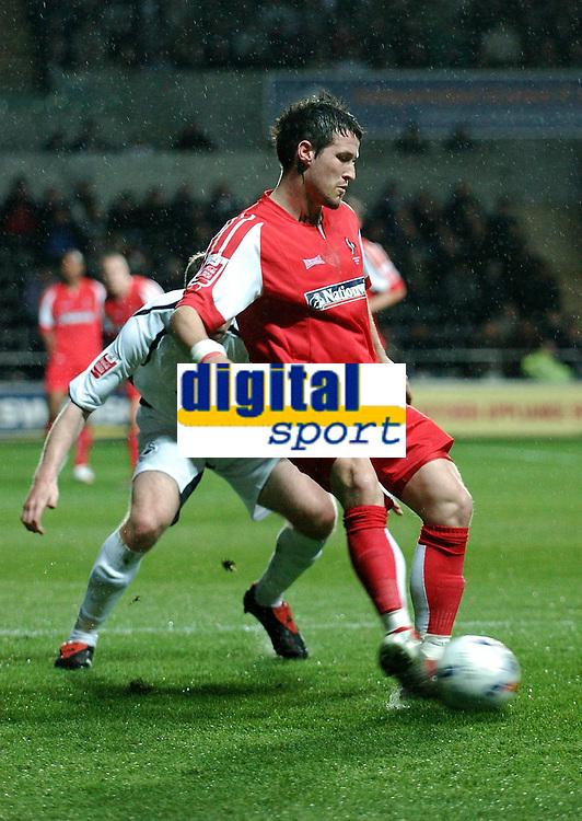 Photo: Adam Davies.<br /> Swansea City v Swindon Town. Coca Cola League 1. 11/04/2006.<br /> Swindon's Lee Peacock covers the ball.