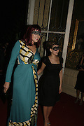 Amy Sacco and Scarlett Johansson, The Moet and Chandon Fashion Tribute 2006 Honouring British Photographer Nick Knight. Strawberry Hill House. Twickenham. 24 October 2006. -DO NOT ARCHIVE-© Copyright Photograph by Dafydd Jones 66 Stockwell Park Rd. London SW9 0DA Tel 020 7733 0108 www.dafjones.com