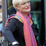 NLD/Amstelveen/20120917 - Uitvaart Rosemarie Smid - Giesen van der Sluis, Vivian Boelen