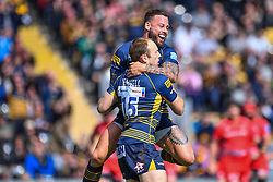 Chris Pennell of Worcester Warriors celebrates his try with team - Mandatory by-line: Craig Thomas/JMP - 13/04/2019 - RUGBY - Sixways Stadium - Worcester, England - Worcester Warriors v Sale Sharks - Gallagher Premiership Rugby - Mandatory by-line: Craig Thomas/JMP - 13/04/2019 - RUGBY - Sixways Stadium - Worcester, England - Worcester Warriors v Sale Sharks - Gallagher Premiership Rugby