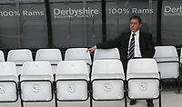 Photo: Steve Bond. <br />Derby County v Portsmouth. Barclays Premiership. 11/08/2007. Billy Davies contemplates