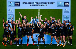 Joe Simmonds and Jack Yeandle of Exeter Chiefs lift the trophy after Exeter Chiefs win the game 19-13 to win the Gallagher Premiership - Mandatory by-line: Phil Mingo/Pool/JMP - 24/10/2020 - RUGBY - Twickenham Stadium - London, England - Exeter Chiefs v Wasps - Gallagher Premiership Rugby Final