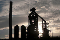 Silhouette eines Stahlwerkes in Duisburg, Germany | Silhoutte of a steel mill, Duisburg, Germany