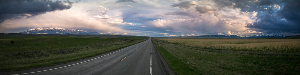 Between the Crazy Mountains and the Bridgers.. 1:4 Panorama