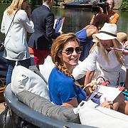 NLD/Amsterdam/20140613 - Leco van Zadelhoff organiseert samen met Beau Monde Beau Bateau een vaartocht met vriendinnen, Quinty Trustfull