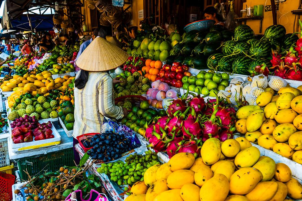 Outdoor market, Central Market, Hoi An, Vietnam.