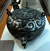 Vase with a lid for cutting and carrying stylized birds. end of the 3rd century BC Eastern Zhou Dynasty (770-256 BC) bronze, encrusted, gold (metal), weathered, silver (metal) from China