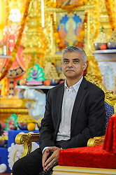 © Licensed to London News Pictures. 28/08/2016. London, UK. Sadiq Khan, Mayor of London, at Shree Swaminarayan Mandir, a Hindu temple in Kingsbury, north west London.  The Mayor was visiting the temple to thank the congregation for their prayers and blessings during his Mayoral campaign and to celebrate the second anniversary of the mandir. Photo credit : Stephen Chung/LNP