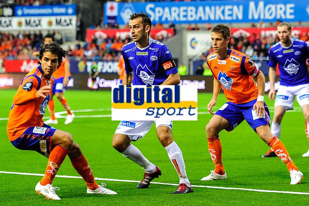 12.08.2012, Tippeliga , Color Line stadio, Aafk - Molde,Lars Mendonca Fuhre - aalesund,Daniel Arnefjord - aalesund,Magne Hoseth - molde , Foto: Kenneth Hjelle Digitalsport