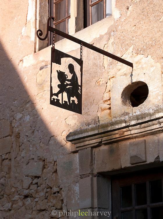 Hadicraft shop in Beynac-Et-Cazenac, Dordogne, France