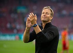 AMSTERDAM, THE NETHERLANDS - Saturday, June 26, 2021: Denmark's head coach Kasper Hjulmand celebrates after the UEFA Euro 2020 Round of 16 match between Wales and Denmark at the  Amsterdam Arena. Denmark won 4-0. (Photo by David Rawcliffe/Propaganda)