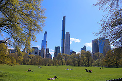 Atmosphere of Central Park during the Covid-19 pandemic in New York City, NY, USA on April 22, 2020. The Big Apple neared a painful milestone Wednesday as the death toll from the coronavirus outbreak that has ravaged the five boroughs approached 15,000. The pandemic has claimed the lives of 14,996 New Yorkers, with new 569 fatalities reported in the most recent 24-hour period, according to data from the city's Department of Health. Photo by Charles Guerin/ABACAPRESS.COM