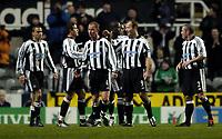 Fotball<br /> UEFA-cup 2004/05<br /> Newcastle v Heerenveen<br /> 24. februar 2005<br /> Foto: Digitalsport<br /> NORWAY ONLY<br /> Newcastle celebrate Alan Shearer's goal