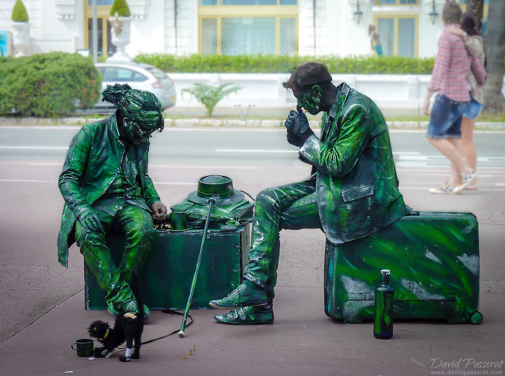 Streat mimes taking a break