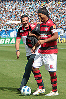 20111030: PORTO ALEGRE, BRAZIL - Football match between Gremio and  Flamengo teams held at the Sao januario. In picture Ronaldino Gaucho and Vanderlei  (Flamengo) <br />