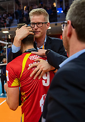 17-02-2019 NED: National Cupfinal Draisma Dynamo - Abiant Lycurgus, Zwolle<br /> Dynamo surprises national champion Lycurgus in cup final and beats them 3-1 / Renzo Verschuren #9 of Dynamo, Ass. coach Michiel van Dorsten