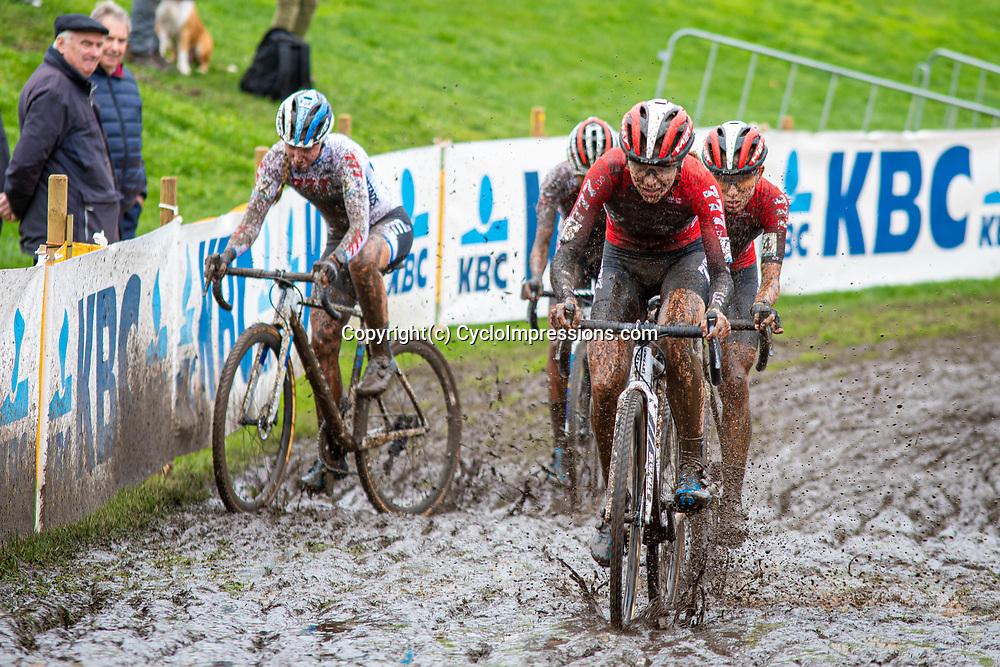 2019-10-19: Cycling: Superprestige: Boom: Splish, splash I'm taking a bath
