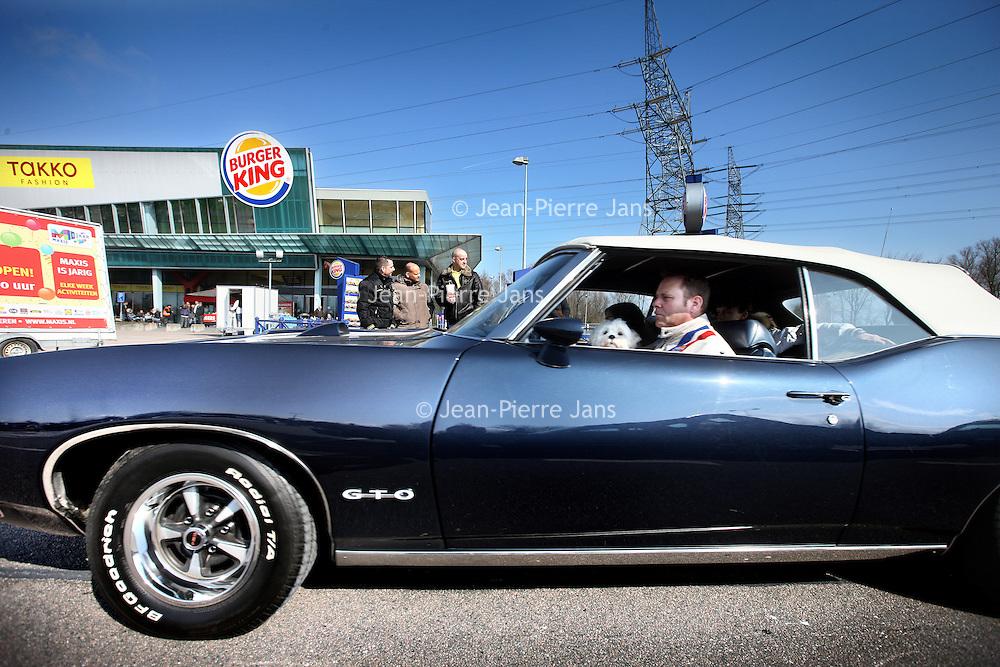 Nederland, Amsterdam , 31 maart 2013.<br /> Allerlaatste King Cruiseop het Maxis terrein op de Pampusweg bij Muiden.<br /> Meeting of oldtimers and their owners.