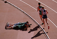 Friidrett. VM 2001 Edmonton. Marius Bakken, Norge (854) og Mark Carroll, Irland (554)