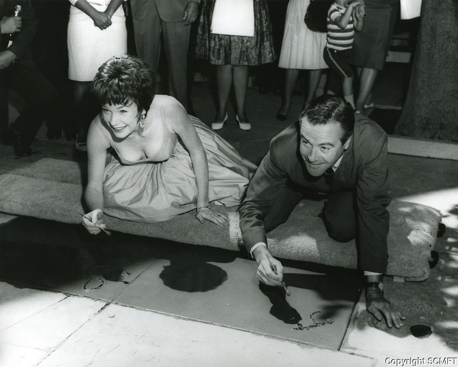 1963 Shirley MacLaine and Jack Lemmon at their hand and footprint ceremony at Grauman's Chinese Theatre