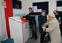 21.11.2010  n / z  lokal wyborczy w  Zabludowie  fot Michal Kosc / AGENCJA WSCHOD