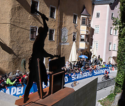 26.09.2018, Innsbruck, AUT, UCI Straßenrad WM 2018, Einzelzeitfahren, Elite, Herren, von Rattenberg nach Innsbruck (54,2 km), im Bild Fans // fans at the town Rattenberg during the men's individual time trial from Rattenberg to Innsbruck (54,2 km) of the UCI Road World Championships 2018. Innsbruck, Austria on 2018/09/26. EXPA Pictures © 2018, PhotoCredit: EXPA/ Reinhard Eisenbauer