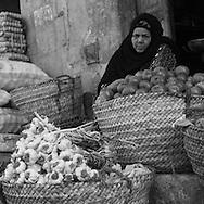Egypt. Cairo : Bab al Futuh gate, north walls, begining of the medieval street Al Mu'izz li din Allah  , Onions market,