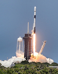 NO FILM, NO VIDEO, NO TV, NO DOCUMENTARY - A SpaceX Falcon 9 lifts off from Launch Pad 39-A at Kennedy Space Center, Tuesday, May 4, 2021. Designated as Starlink V1.0-L25, the rocket carries a payload with the 26th batch of 60 satellites to be deployed for SpaceX's ongoing expansion of their Starlink broadband network. Photo by Joe Burbank/Orlando Sentinel/TNS/ABACAPRESS.COM