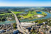 Nederland, Gelderland, Arnhem, 30-09-2015; Nelson Mandelabrug (Roermondsepleinbrug) over de Nederrijn bij Arnhem. Zicht op uiterwaarden van Stadsblokken-Meinerswijk.<br /> Nelson Mandela Bridge crossing the Lower Rhine at Arnhem.<br /> luchtfoto (toeslag op standard tarieven);<br /> aerial photo (additional fee required);<br /> copyright foto/photo Siebe Swart