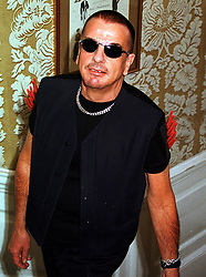 Interior designer MR NICKY HASLAM, at a party in London on 15th July 1999.<br /> MUG 57