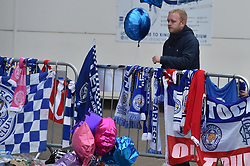 A tearful fan (c) Simon Kimber   SportPix.org.uk