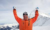 Weltcup Leader Aksel Lund Svindal (NOR) posiert fuer ein Foto auf dem Jungfrau Joch. © Valeriano Di Domenico/EQ Images