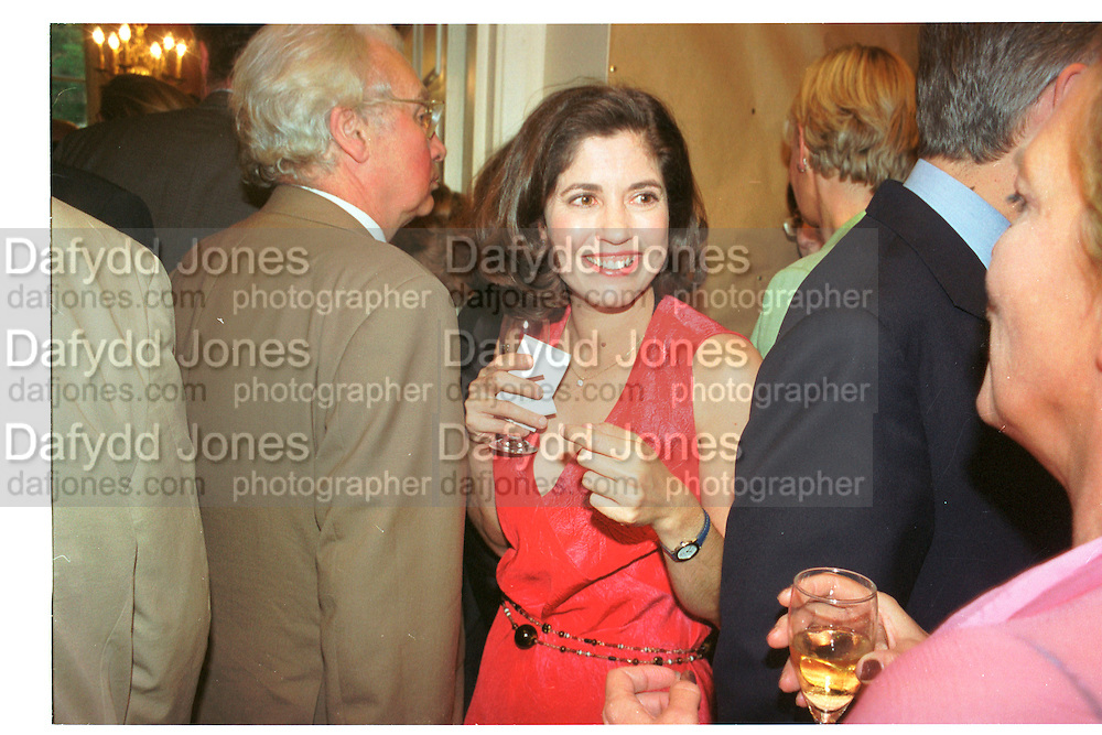 Kimberley Fortier and Nicholas Soames. Spectator  Summer party. Doughty St. 7/6/2000. SUPPLIED FOR ONE-TIME USE ONLY> DO NOT ARCHIVE. © Copyright Photograph by Dafydd Jones 66 Stockwell Park Rd. London SW9 0DA Tel 020 7733 0108 www.dafjones.com
