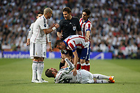 Real Madrid's Pepe and Sergio Ramos and Atletico del Madrid´s Saul Niguez during quarterfinal second leg Champions League soccer match at Santiago Bernabeu stadium in Madrid, Spain. April 22, 2015. (ALTERPHOTOS/Victor Blanco)
