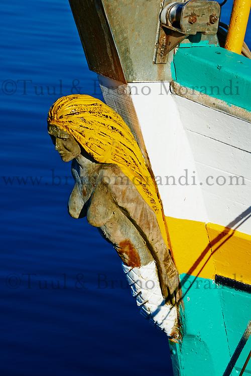 France, Finistère (29), Concarneau, proue d'un bateau // France, Briitany, Finistere, Concarneau, boat detail