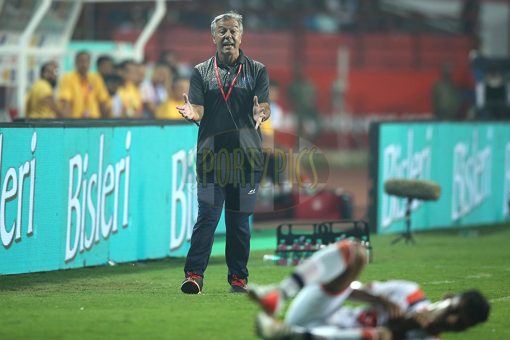 Jamshedpur FC Head Coach Cesar Ferrando reacts during match 25 of the Hero Indian Super League 2018 ( ISL ) between Jamshedpur FC and FC Goa held at JRD Tata Sports Complex, Jamshedpur, India on the 1st November  2018<br /> <br /> Photo by: Deepak Malik /SPORTZPICS for ISL