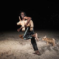 """Apresentação do espectáculo """"Paisagens Propícias"""" da Companhia de Dança Contemporânea de Angola (CDCA) em Luanda (Espectáculo """"Solos para um Dó Maior"""" da CDCA em Luanda)"""