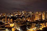 Belo Horizonte_MG, Brasil...Predios no bairro Buritis em Belo Horizonte...The buildings in Buritis neighborhood in Belo Horizonte...Foto: MARCUS DESIMONI / NITRO