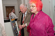 PAUL HUXLEY; SUSIE ALLAN HUXLEY, PINKRoyal Academy Schools Annual dinner and Auction 2012. Royal Academy. Burlington Gdns. London. 20 March 2012.