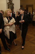 Sadie Coles. Dinner at the Italian Embassy in which the winner of the MaxMara Art Prize for Women is announced. Grosvenor Sq. London . 2 February  2006. © Copyright Photograph by Dafydd Jones 66 Stockwell Park Rd. London SW9 0DA Tel 020 7733 0108 www.dafjones.com