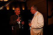 Martin Rowson and Martin Bell. Freedom of Expression Awards 2006. Bloomberg HQ. City Gate House. Finsbury Sq. London. 22 March 2006. ONE TIME USE ONLY - DO NOT ARCHIVE  © Copyright Photograph by Dafydd Jones 66 Stockwell Park Rd. London SW9 0DA Tel 020 7733 0108 www.dafjones.com