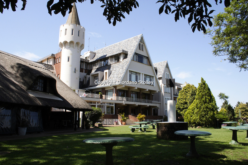 DURBAN - 31 December 2005 - The popular Rob Roy Hotel which overlooks the Valley of 1000 Hills. The 50 year old hotel, which was popular for weddings and Sunday lunches was sold during 2006 and closed its doors at the end of the year to make way for a luxury retirement complex.Picture: Giordano Stolley